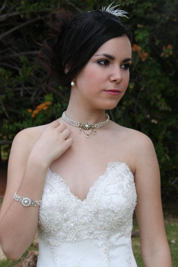 OOAK Vintage inspired bridal wedding choker features tiny ivory pearls and powder pink freshwater pearls set with tiny swarovski crystals, curled
