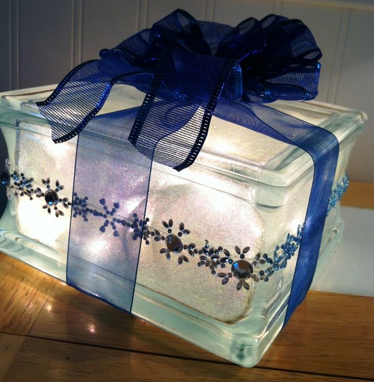 Glass block christmas present decoration for Glass boxes for crafts
