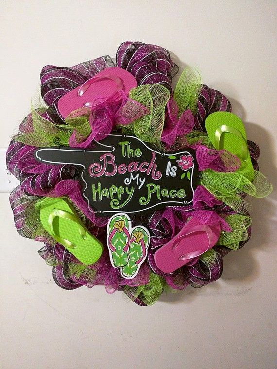 Pink and Green Flipflop Wreath by RomanzasWreaths on Etsy