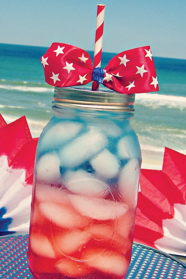 Layer drinks in summer for patriotic flair