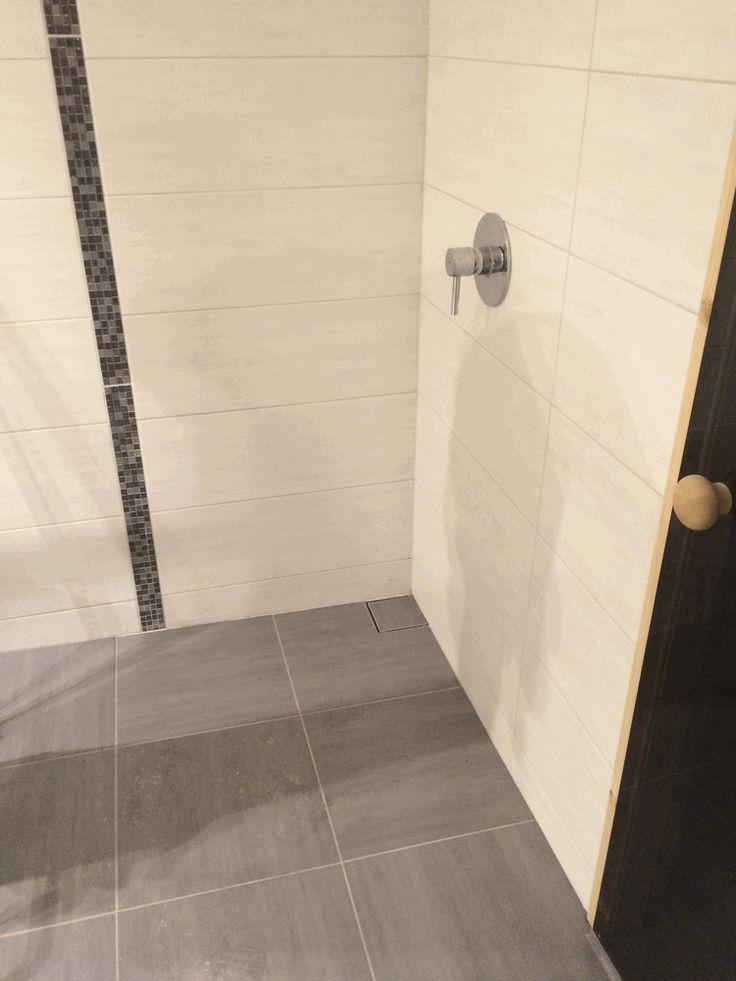 die besten 25 dusche bodengleich ideen auf pinterest moderne dusche wei e fliese dusche und. Black Bedroom Furniture Sets. Home Design Ideas