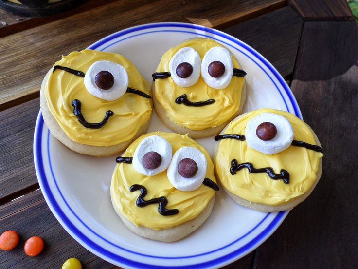 22 of the BEST Minions Fun Food ideas for Kids!