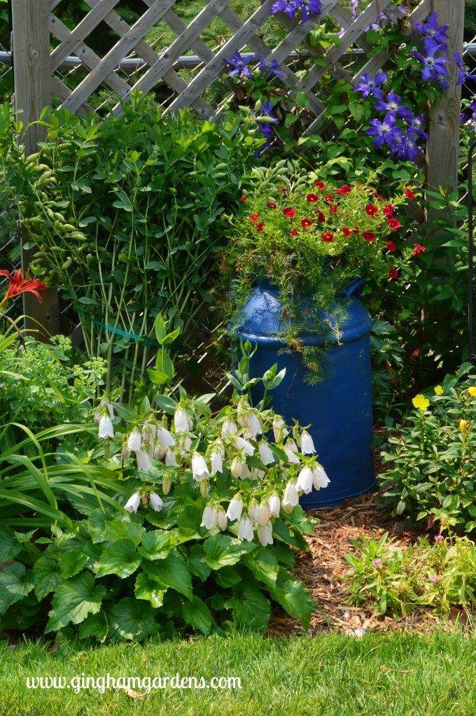 Garden Decor Lots Of Creative Ideas For Your Garden Gingham Gardens Garden Planning Garden Decor Vintage Garden Decor