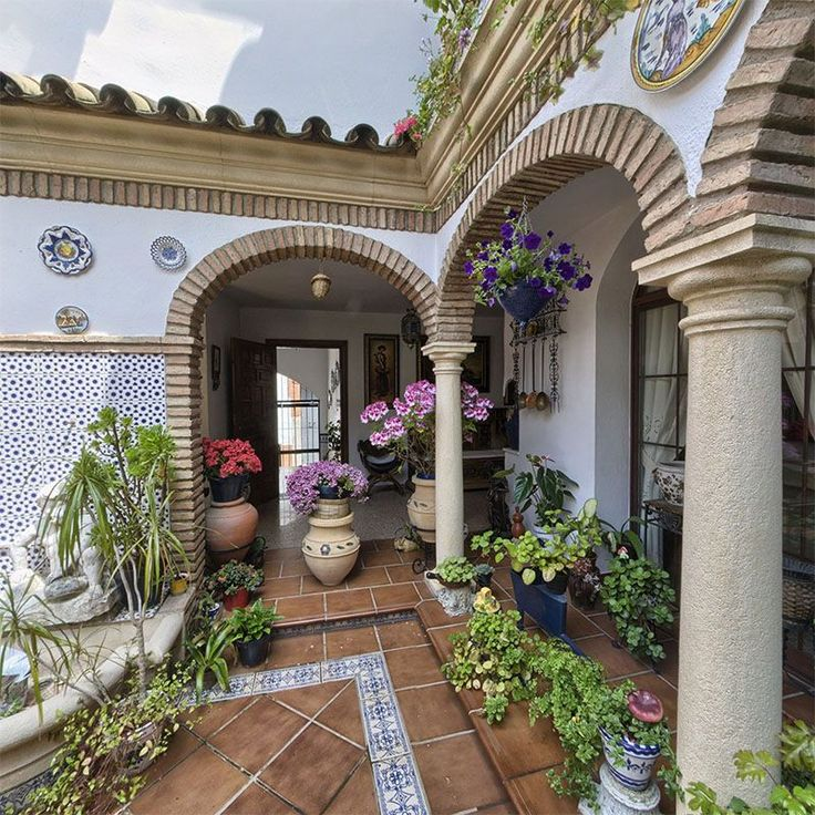 81 best spanish courtyards images on pinterest house for Arcos de ladrillo