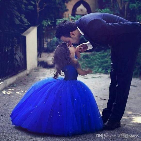 Cheap Cinderella Cute Royal Blue Ball Gown Girls Pageant Dresses Off Shoulder Tulle Floor Length Toddler Birthday Dresses Party Dresses