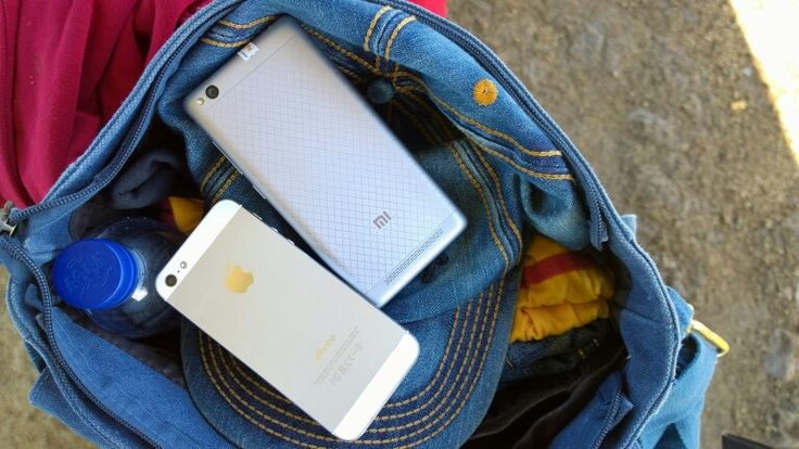 love them iphone 5 and redmi 3