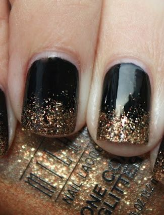Black & Gold Manicure! Come to Beauty Bar & Browz in Ferndale, MI for all of your grooming and pampering needs! Call (313) 433-6080 to schedule an appointment or visit our website www.beautybarandb... to learn more about us!