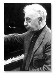 Arthur Rubinstein- the best of the best pianists!