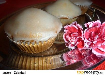 Makové muffiny recept - TopRecepty.cz