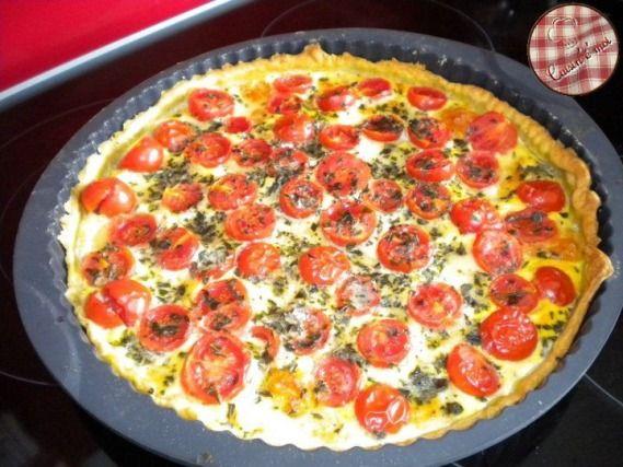 """750g vous propose la recette """"Tarte tomate cerise et mozzarella"""" notée 4.1/5 par 38 votants."""