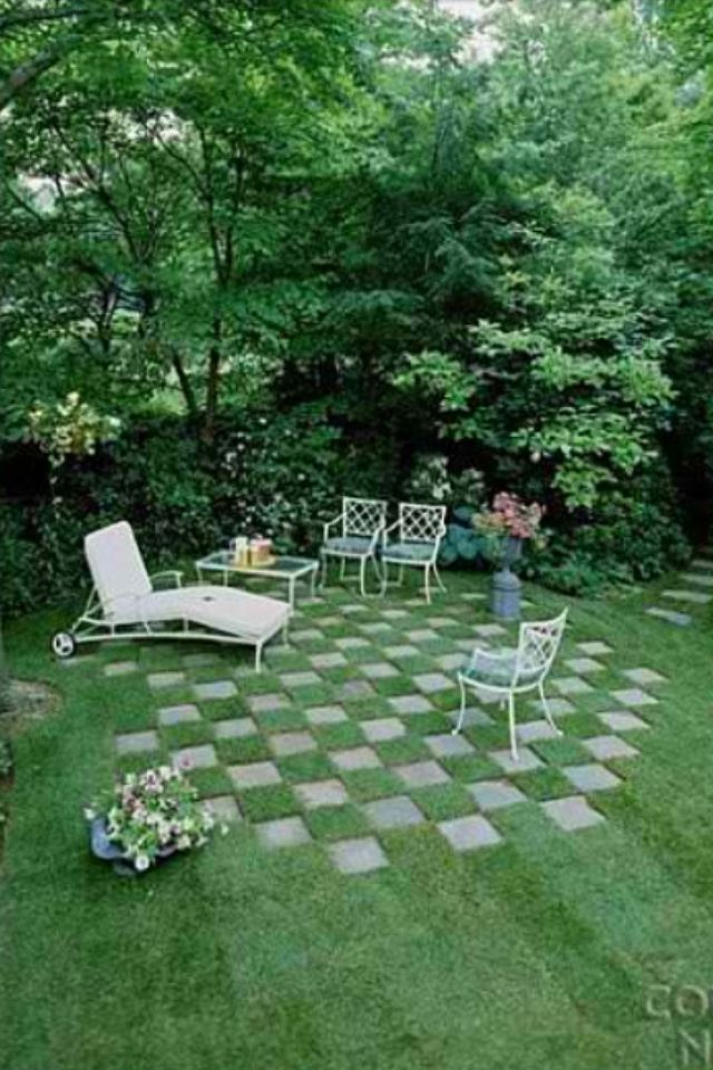 25 best ideas about vintage patio furniture on pinterest for Checkerboard garden designs