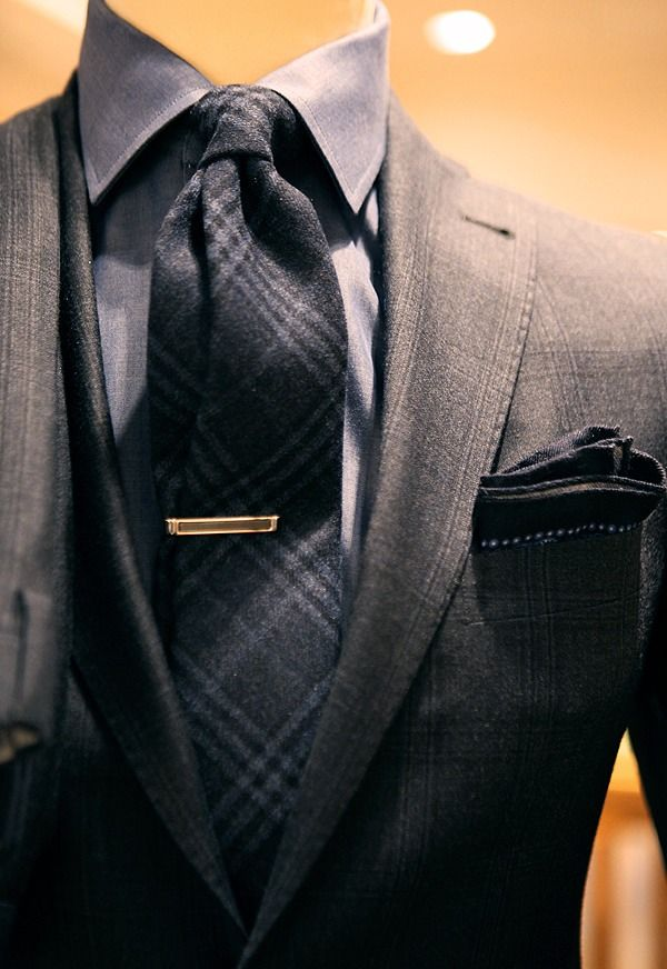 Wool tie, with subtle patterns