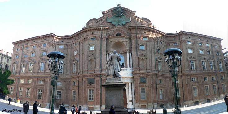 Palazzo Carignano, Guarino Guarini