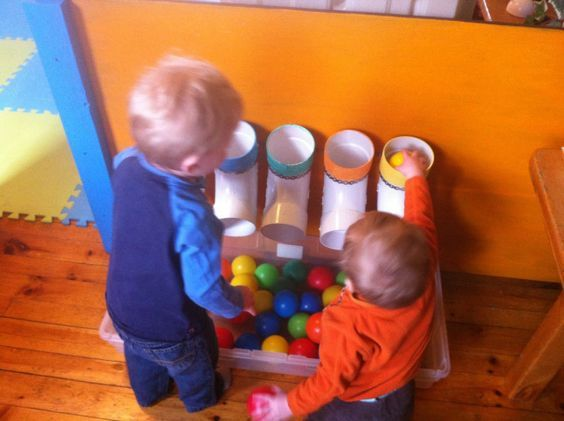 Color sorting pipes - Confidence, sharing/fairness, associative play, parallel play, collaborative play, fine motor, co-ordination, co-operation, colour recognition, patterns
