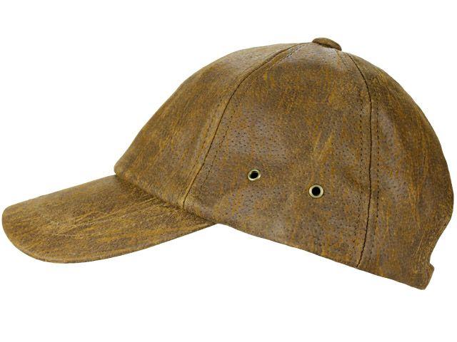 Gorra de beisbol realizada en piel con visera rígida y ajustable en la parte trasera. Sport y elegnacia unidas.