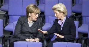 El Bundestag (Cám  ara Baja alemana) aprobó hoy de forma mayoritaria la propuesta del Ejecutivo de enviar a Siria una misión militar de hasta mil 200 soldados para apoyar a Francia en la lucha contra los yihadistas del Estado Islámico (EI). De los 598 votos emitidos, 445 respaldaron la posición del Gobierno alemán, frente […]