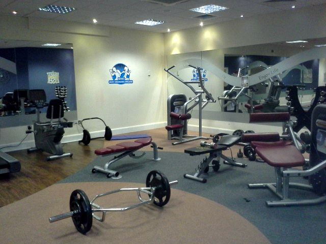 The fitness suite is available to all guests that stay in the Carlton #Fitness #Workout http://www.carltonhotelblanchardstown.com/