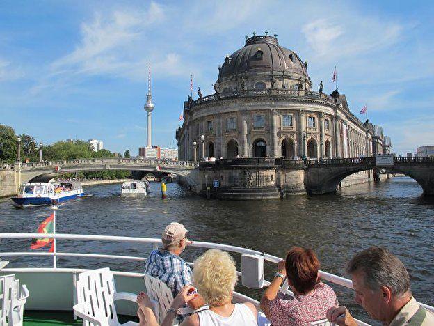 Museum Island Berlin Museum Insel Alte Nationalgalerie Museum