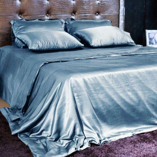 100% Pure Mulberry Dark Blue silk bedding set, Duvet Cover Set, Luxury Pure Silk bedding | Machine washable at 30°C using mild silk detergent #silk #bedding #bedroom