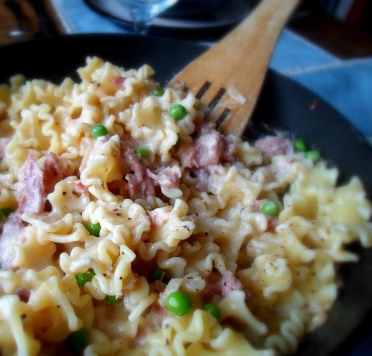 Ham hock and creamy noodles