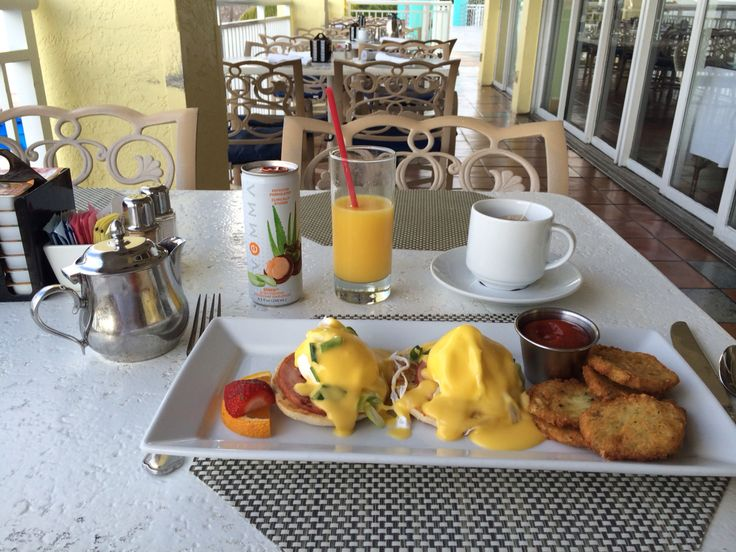 Key Largo Marriott Brunch Eggs Benedict
