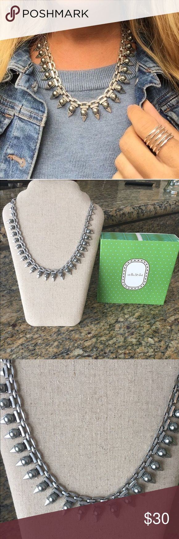 New With Box Stella and Dot Lynx Pearl Necklace Super chic, Super Edgy New In Box Stella and Dot Lynx Pearl Necklace. Stella & Dot Jewelry Necklaces