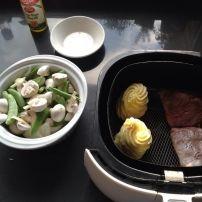 Biefstuk bakken in de AirfryerVeel mensen geloven niet dat je een biefstuk kan bakken in de Airfryer. Dit gaat zelfs heel er goed!! Ik maak in dit recept een...