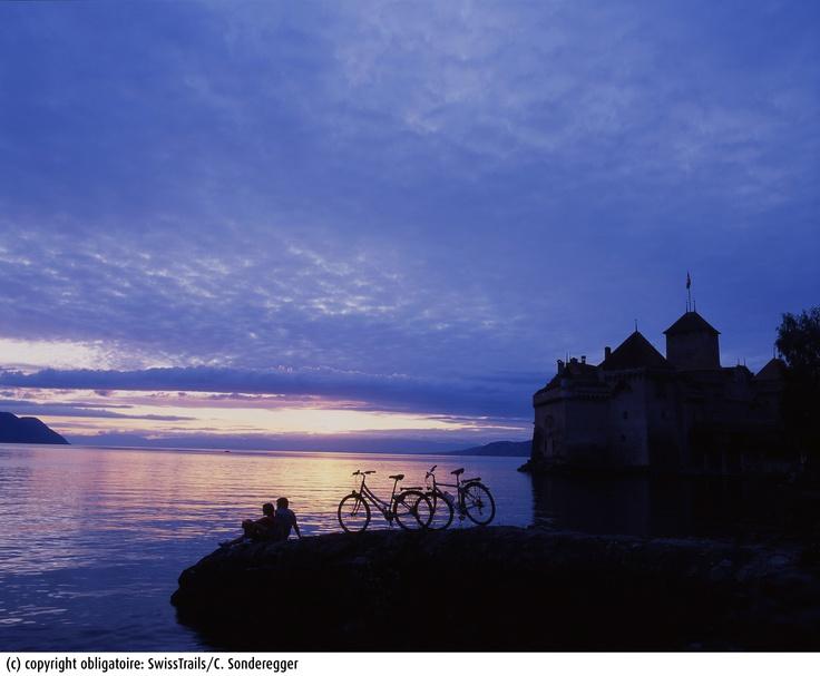 Romantic sunset in Montreux Riviera, near Chillon Castle  © Christof Sonderegger