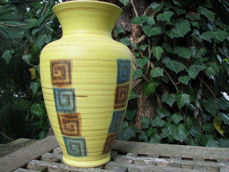 Large 1950s Vase – Dümler & Breiden Dumler  – Vintage German Mid Century Pottery – 150 25 – Rockabilly – Yellow Ethno Style WGP Home Décor von everglaze auf Etsy