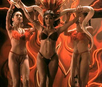 From Dusk Till Dawn (1996): Tarantino, Rodriguez, Salma Hayek... and Vampires