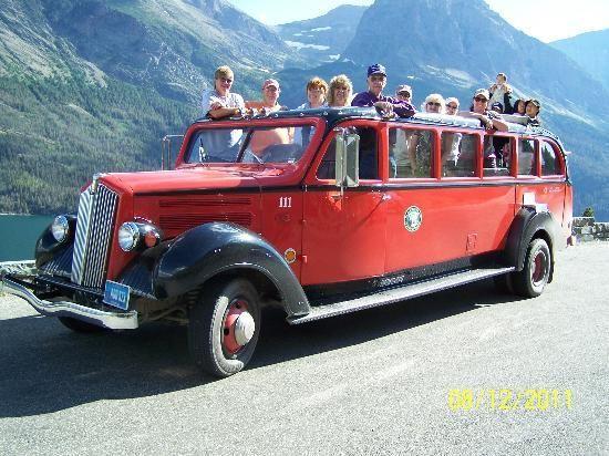 Glacier Park Red Bus Tour, Going-to-the-Sun Road, Glacier National Park, MT