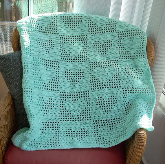 "FREE SHIPPING Filet Crochet Tender Hearts Baby or Lap Afghan Blanket Mint Light Green 40""X34"""