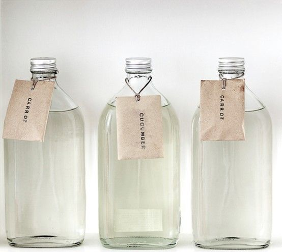 simple, clear, reusable, recyclable