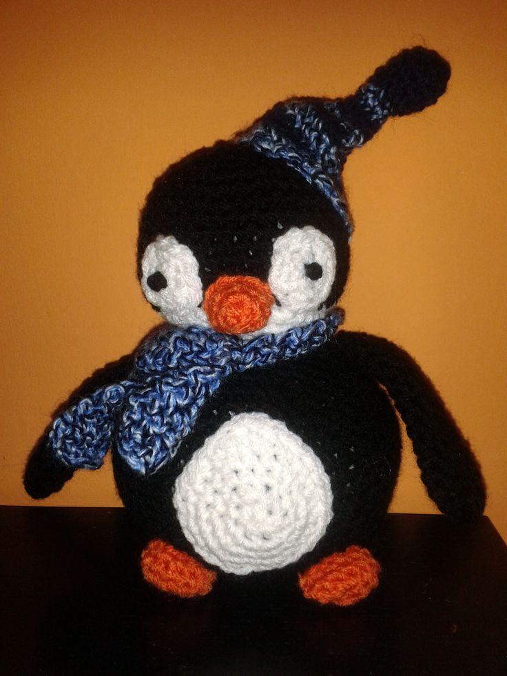 little pinguin pattern: http://www.lionbrand.com/patterns/70703AD.html