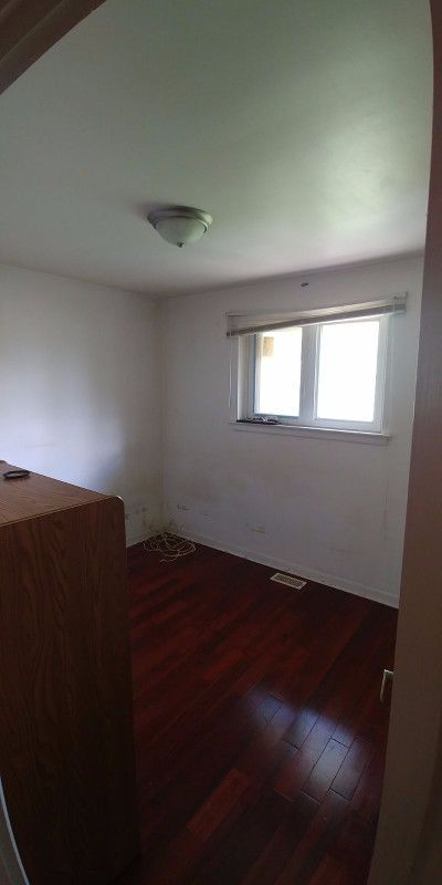 one bedroom with more Sunlight (Main level) for RENT - $400 – Close to Centennial college-Morning side Campus (~25 minutes by bus), Centennial college-Progress Campus (~30 minutes by BUS) and University of Toronto Scarborough (~30 minutes by bus) – *** NO SMOKING/DRINKING or ANY BAD HABITS *** – Located at M1J2N2 Scarborough (Bellamy... https://uoftoronto.offcampuslistings.com/ads/one-bedroom-with-more-sunlight-main-level-for-rent-400/