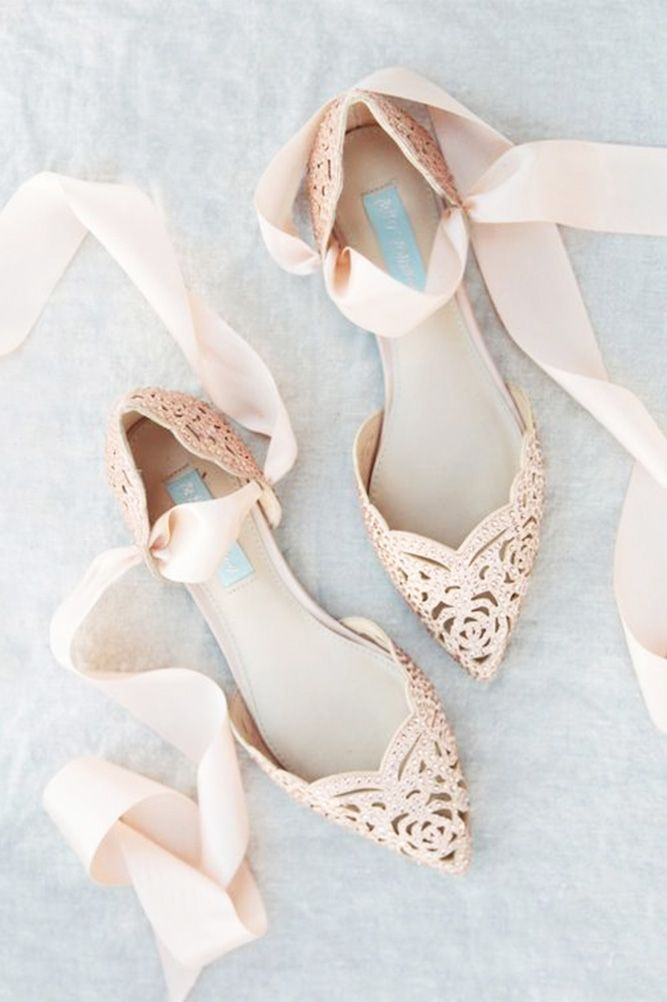 30 Wedding Flats For Comfortable Wedding Party ❤ See more: http://www.weddingforward.com/wedding-flats/ #wedding