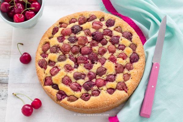 Torta alle ciliegie e mandorle – Chiarapassion