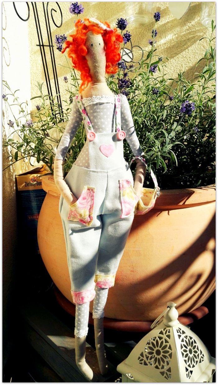 Moja nowa miłość. Przedstawiam Wam Tildę – skandynawską lalę której matką jest Tone Finnanger. Tilda bez wątpienia zawładnęła światem, mną też…:) Są niezwykle wdzięczne w swojej …