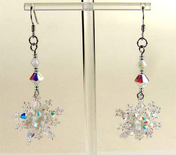 Free pattern for snowflake earrings