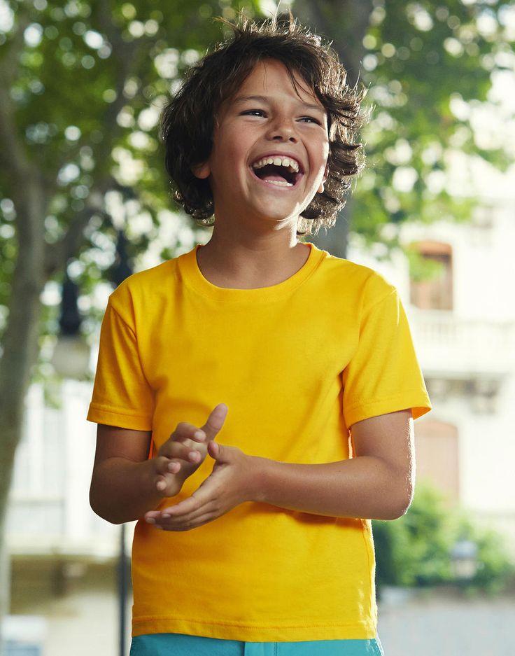 Fruit of the Loom Kinder Sofspun T-Shirt bei MPS MarkenPreisSturz.de  In unserem Onlineshop finden weitere Kinderbekleidung zu günstigen Preisen. Mode für Kinder. T-Shirt Druck gibt es hier günstig.