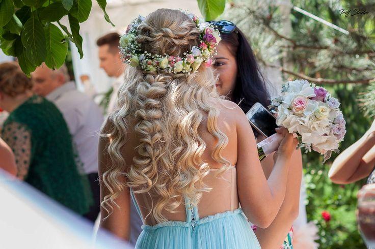 Bride floral crown & bouquet