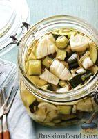 Фото к рецепту: Маринованные огурцы с фенхелем