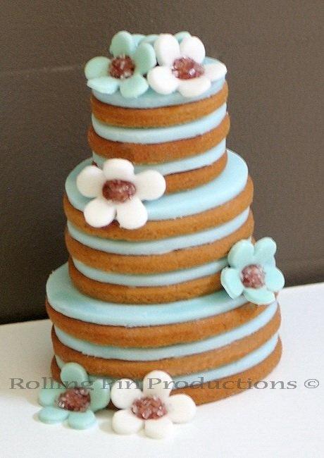 Gingerbread Cookie Wedding Cake