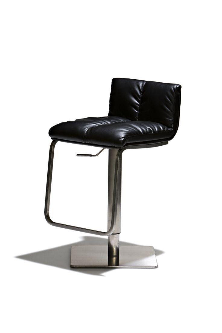 Spencer - Barstol, höj- och sänkbar med sits i konstläder och underrede i kromat stål.