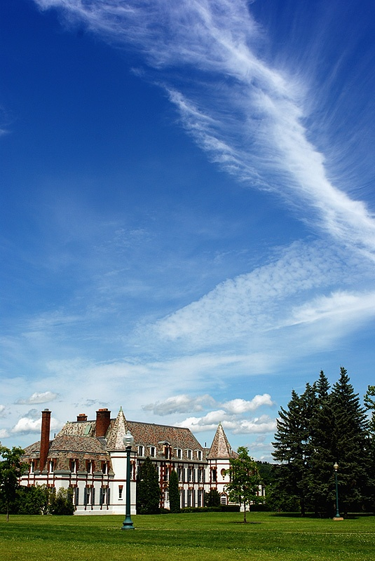Here's where she got her undergraduate degree: Middlebury College Campus, Middlebury, Vermont