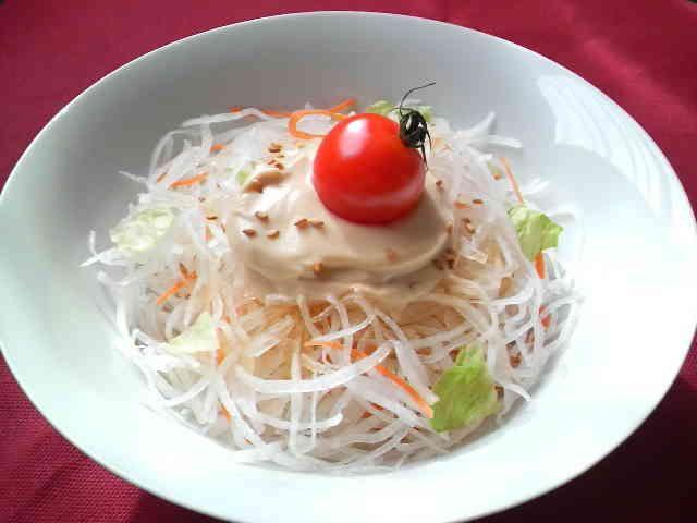 びっくりドンキーディッシュサラダ Famous Japanese Restaurant's Mayo Salad with Daikon Radish