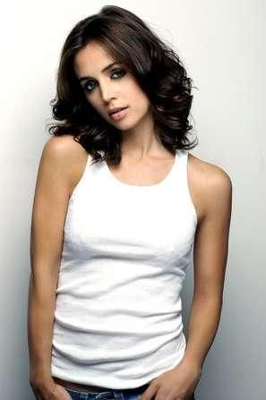 would love to see Eliza Dushku as Anita Blake in the movie, if they ever make one!