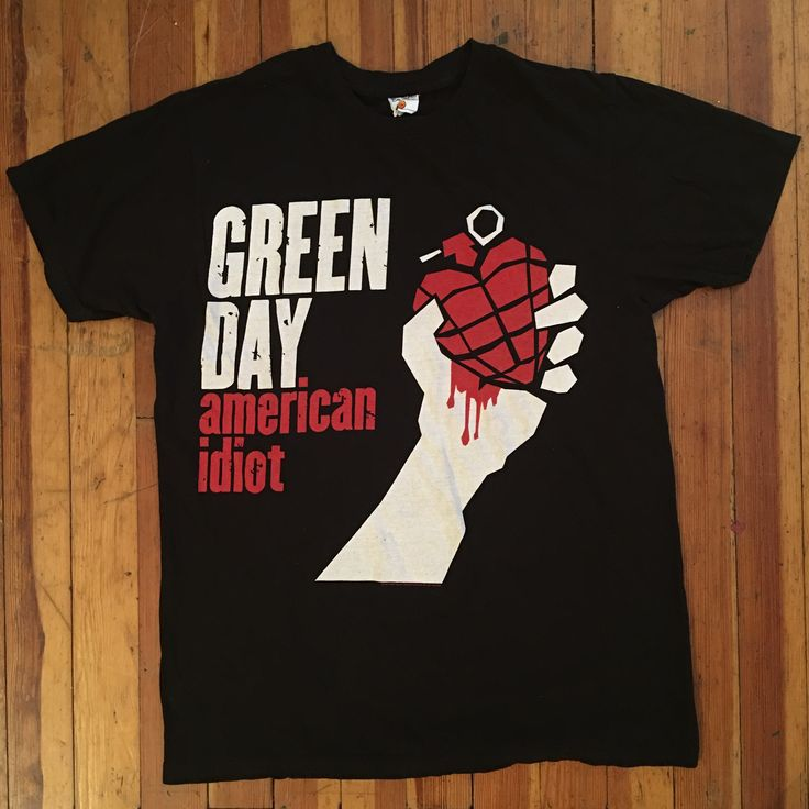 Green Day Band Tee- hot topic