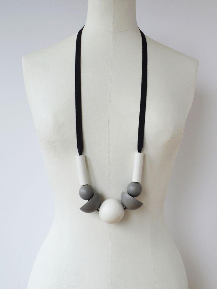anu samarüütel galaxy necklace  - www.anuworld.co.uk