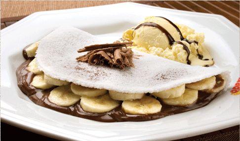 tapioca de banana com sorvete de creme e nutella....uma delicia!!